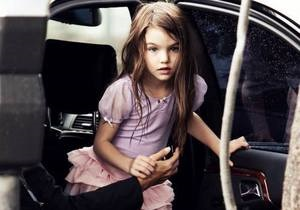 У семилетней дочери Тома Круза появился личный стилист