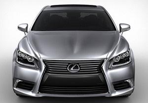 Toyota представила заряженную версию седана Lexus LS