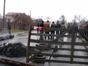 30 человек перекрыли автотрассу Львов-Краковец из-за гибели односельчанина