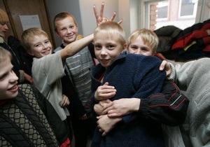 В Киевской области до конца сентября все школы оборудуют системами видеонаблюдения