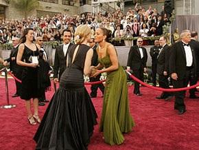 Кризис в кино: лауреатам Оскара вручат пылесосы и зубные щетки