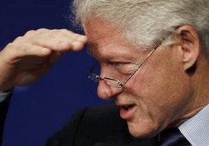 Билл Клинтон вернулся к работе после прочистки артерии