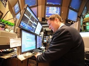Рынки: Единого движения на рынке нет