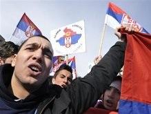 Сербы захватили здание суда ООН в Косовской Митровице