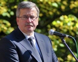 Президент Польши Бронислав Коморовский - Волынская область - Грищенко и Коморовский возложили цветы погибшим полякам и украинцам в Волынской области