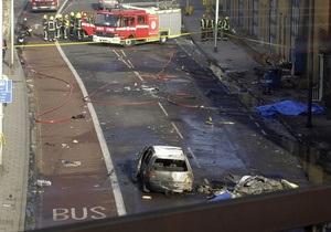 Крушение вертолета в центре Лондона: число пострадавших возросло до 13 человек