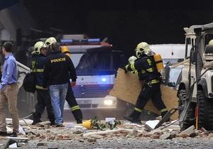 После взрыва в центре Праги под завалами оказались три человека