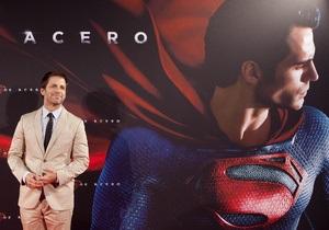 Режиссер пообещал фильм о Супермене и Бэтмене сразу