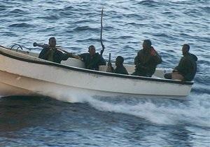 Пираты захватили заложников близ побережья Нигерии
