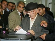 Оппозиция в Азербайждане не признает итоги выборов