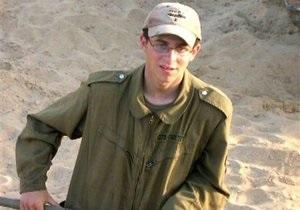 СМИ назвали новую дату обмена Гилада Шалита на палестинцев