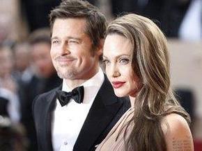 Джоли и Питт хотят усыновить ребенка из Армении - СМИ