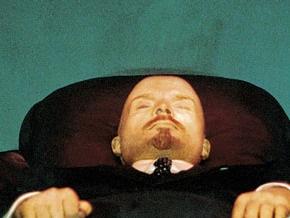 Флеш-моб на Красной площади:  монархистам  не удалось перезахоронить Ленина