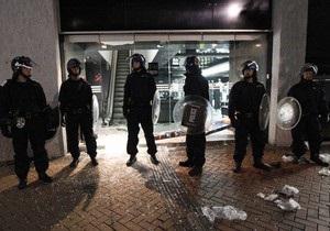 Во втором по величине городе Британии начались погромы