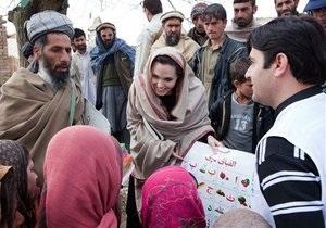 Джоли совершила тайный визит в Афганистан