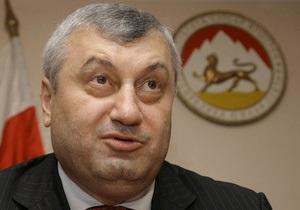 Кокойты уволил ряд чиновников,  вызывавших недовольство населения