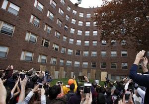 Массачусетский институт объявил тревогу из-за неизвестного с оружием