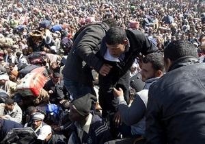 В Еврокомиссии подсчитали, что из Ливии бежали почти полмиллиона человек