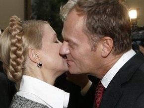 Тимошенко встретится с Туском и Качиньским
