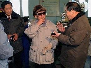Ким Чен Ир снова начал курить