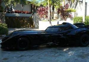 Автомобиль Бэтмена продается за $500 000