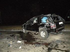 В Николаевской области столкнулись легковой автомобиль и внедорожник, два человека погибли