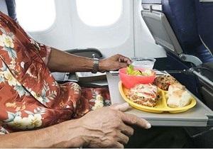 Для пилотов высших чиновников закупили печень трески и икру на 280 тысяч гривен
