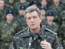 Ющенко полетал на истребителе