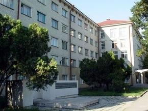 Человек-паук из Кузбасса: пьяный россиянин был арестован, залезая к девушке через окно