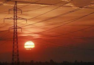 Киевэнерго просит жителей столицы не разжигать костры под линиями электропередач