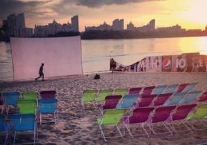 На пляже в Киеве пройдет ночь фильмов с Эдрианом Броуди