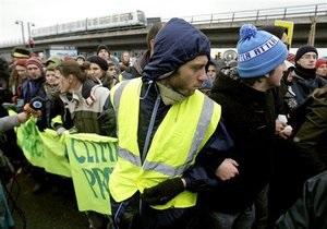 Климатический саммит в Копенгагене: демонстранты попытались взять штурмом зал заседаний