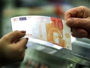 НБУ рекордно повысил курс евро