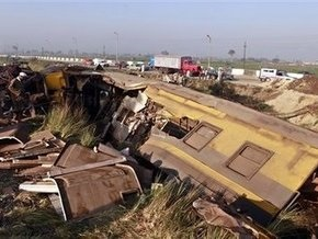Названа возможная причина столкновения поездов в Египте