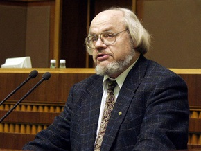 Ющенко соболезнует поэту Ивану Драчу в связи со смертью сына