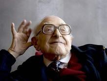 Умер старейший в мире художник-карикатурист