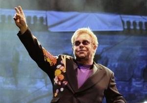 Элтон Джон назвал Медведева истинным поклонником современной рок-музыки