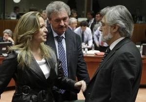 Источник: ЕС готов составить список санкций против Ливии