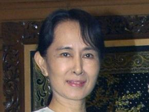 Amnesty International присудила лидеру оппозиции Мьянмы награду Посол совести