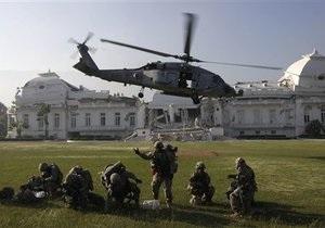 На Гаити разбился американский вертолет, участвовавший в спасательной операции