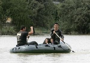 На Прикарпатье в реках поднялся уровень воды: осложнен проезд в трех районах