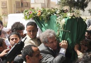 Каддафи не пришел на похороны сына