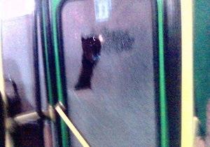 В Одессе обстреляли маршрутку - очевидцы