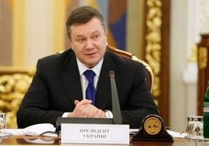 Янукович поздравил Шахтер с досрочной победой