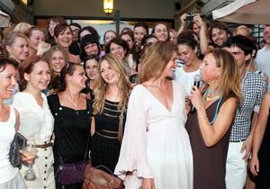 Экс-главред российского Vogue едет в Испанию  заниматься собой