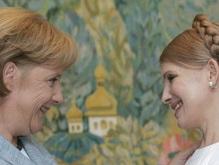 Тимошенко поговорила с Меркель по телефону