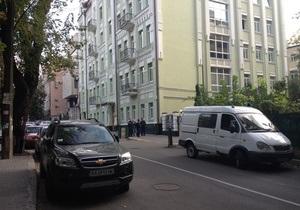 Мужчина сообщил в милицию, что видел убийцу охранников Каравана