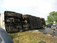 В Днепропетровске перевернулся автобус: пострадал 21 человек