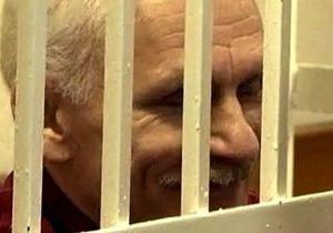 Известный белорусский правозащитник получил 4,5 года тюрьмы за неуплату налогов
