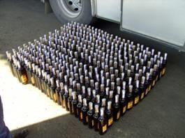 Контрабандист перевозил на лодке из Молдовы почти 400 бутылок коньяка